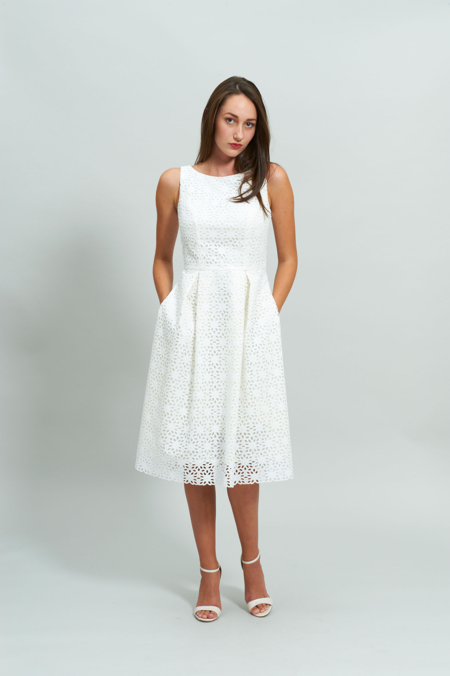 LOOK 3.1 Wedding Dress Fashion Designer atelier Zürich Lace Swiss Civil Wedding Dresses Sommer Dress